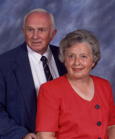 "<div class=""source""></div><div class=""image-desc"">ROY AND BILLIE BRADFORD</div><div class=""buy-pic""></div>"