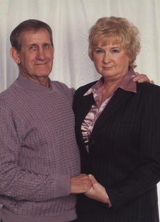 """<div class=""""source""""></div><div class=""""image-desc"""">STANLEY AND MABLE COURTNEY</div><div class=""""buy-pic""""></div>"""