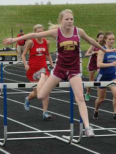 """<div class=""""source"""">Danny Simpson</div><div class=""""image-desc"""">Caylin Mattox placed fifth in the 100M hurdles in the Montgomery County Invitational held Thursday, April 7.</div><div class=""""buy-pic""""></div>"""