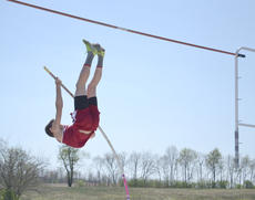 """<div class=""""source""""></div><div class=""""image-desc""""> Taylor Bolin competes in the pole vault at the Mason County Invitational Track Meet held Saturday, April 19.</div><div class=""""buy-pic""""></div>"""