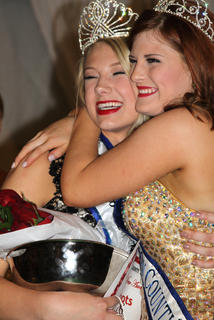 Madison Fraley and Allison Wade