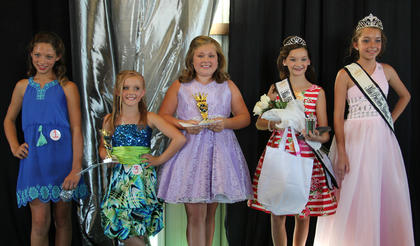 From left, Gracie Wright-Prettiest Smile, Morgan Mink-Second Runner-up, Alexis Wright-First Runner-up, Demi Lemons, Hannah Judy.