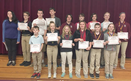 Gold Reading Counts. Recognized were: front row, from left, RJ Combs, Kathleen Clarke, Rachel Rion, Katelynn Nichols, Allen Crump, Zoe McComas; top row, Haley Young, Josh Myers, Jeremiah Peveler, Jerred Roberts, Melanie Landrum, Alura Schaum, Isabel Sims, Zachary McComas, Kara Hines.