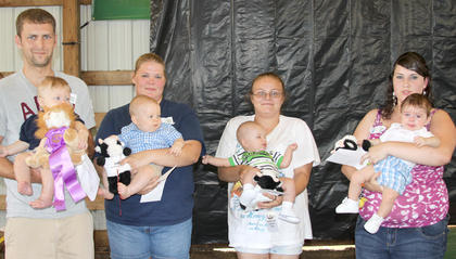 3-6 month boys Rylan Ward with father Dustin Ward, first; Garrett Harrod with mother Amanda Harrod, second; tie for third between Isaiah Roberts with mother Star Owens and Elyjah Burkey with mother Destiny Browning.