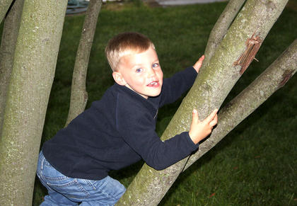 More tree climbers on the courthouse lawn last Friday night, included cousins Calvert Duffie and Millie Ashbrook.
