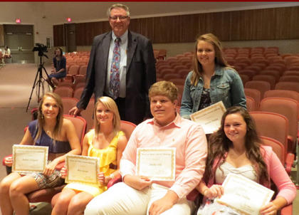 Kearns and Batson. Receiving the Kearns and Batson award were, front row, from left, Andrea Livingood, Macy Gasser, Walker Hill, Sara Jenkins; back row, Bill Batson and Katelin Martin.