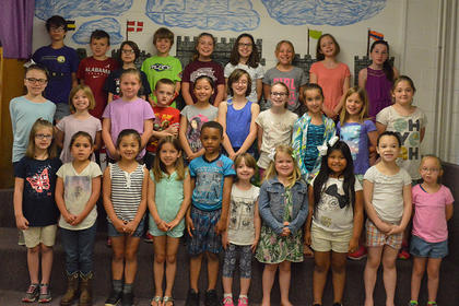 Reading Awards. Front row, from left, Kiley Allen, Alyssa Pike, Lola Morales, Molly Burden, Alex Bowman, Brayleigh McFarland, Elinor McCauley, Jacqueline Perez, Julia Taylor, Jaelyn Wheeler; second row, Addison Simpson, Paisley Hicks, Gracyn Shields, Kodey Davis, Rylee Ballinger, Rose Chipman, Bailey Moses, Makenzie Burden, Hannah Lamb, Jaycee McElfresh; back row, James Chipman, Owen Northcutt, Lily Martin, Michael Oldfield, Lindsey Bennett, Riley Grob, Madalyn Carson, Hayden Monroe, Morgan Bihl Absent from photo was Grayson Nickels.