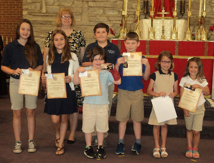 Student Council. Front row, from left, Grace Lang, Addison Perraut, Gabby Aldridge, Miles Navarre, Delaney Koch, Eva Ashbrook; back row, Mrs. Cooper, Isaac Furnish.